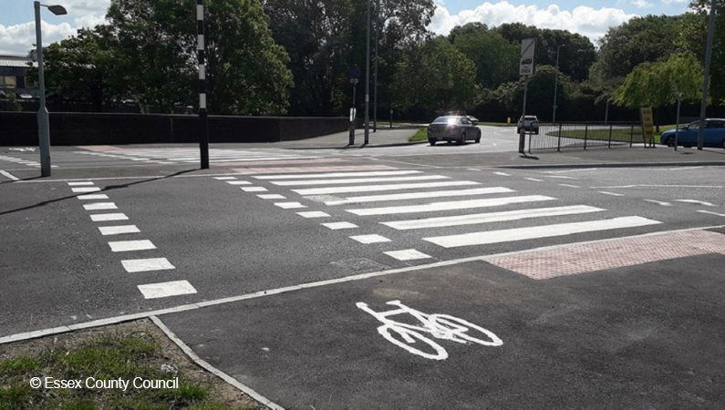 A zebra crossing with a crossing area for cyclists as well